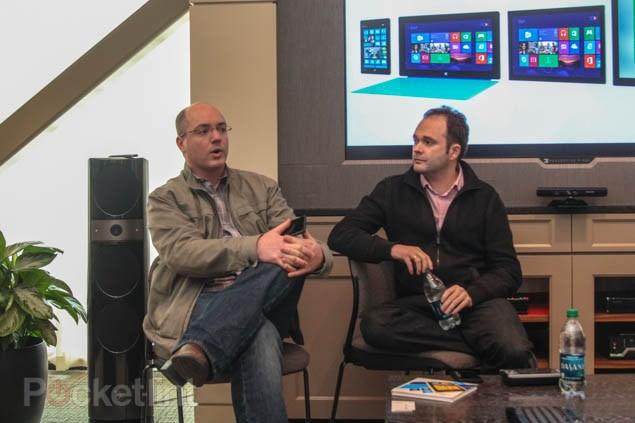 Microsoft Menyangkal Keberadaaan Surface Phone dan Tetap Berpegang Pada Lumia
