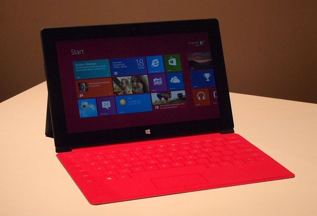 Microsoft Surface RT dan Surface Pro, Terjual 900.000 Di Awal Tahun 2013