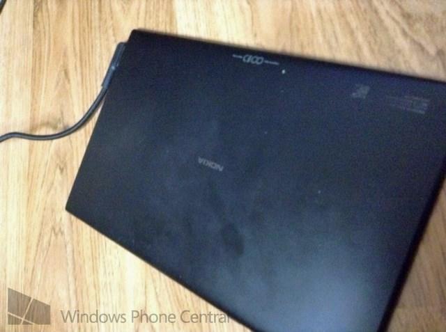 Mungkinkah Ini Prototype Tablet Windows Nokia?