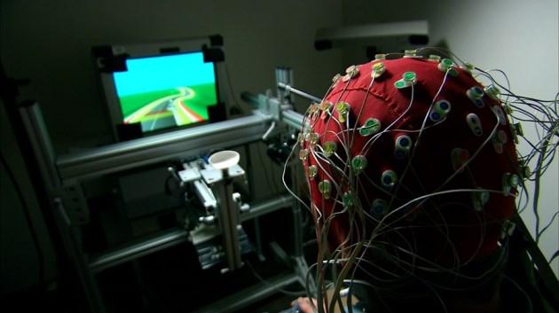 Wow..Bermain Game Bisa Meningkatkan Kemampuan Otak!