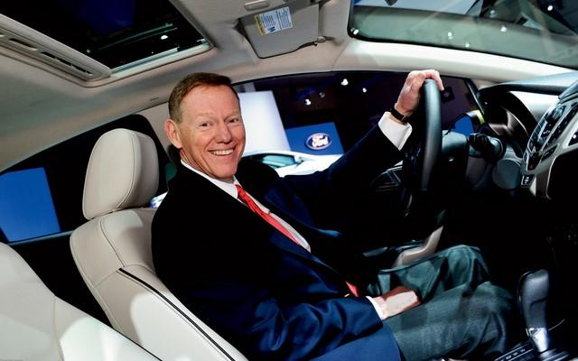 Edsel Ford II: Alan Mulally Tidak Akan Meninggalkan Ford untuk Microsoft