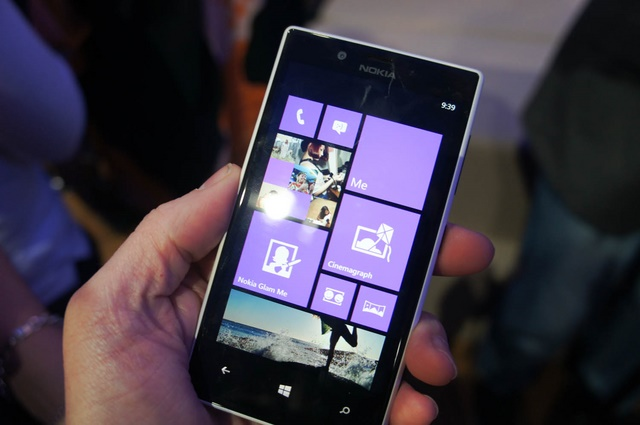 Update Lumia Black untuk Lumia 720 Sudah Dirilis