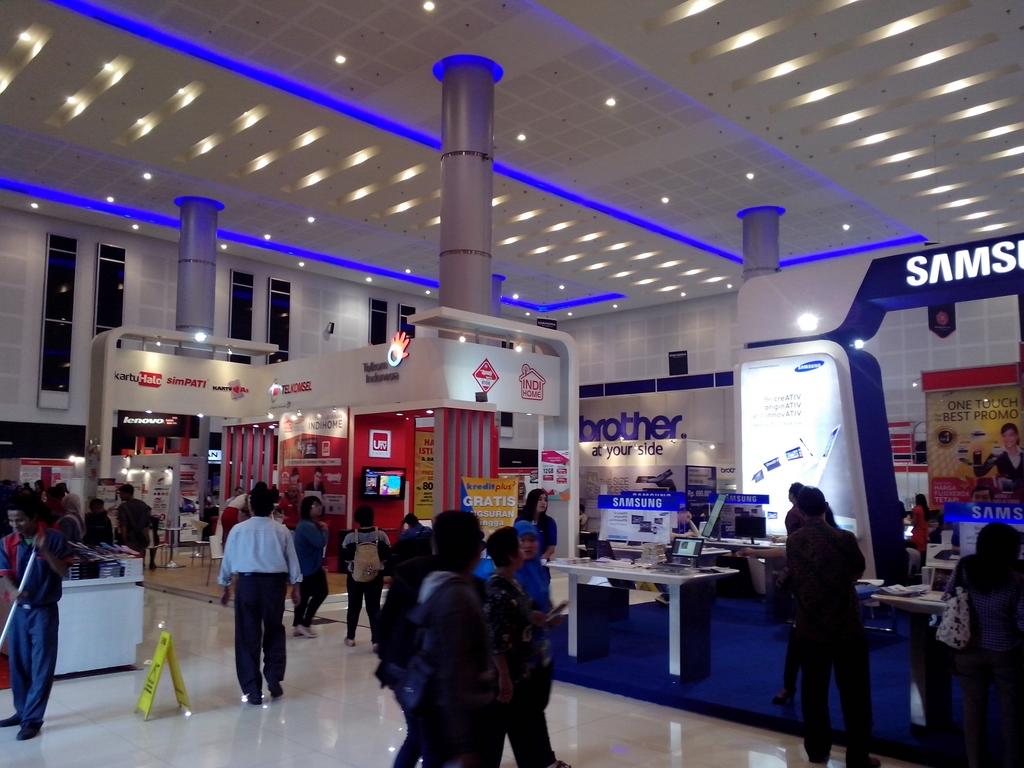 MBCS 2014 Surabaya Ramai Pengunjung