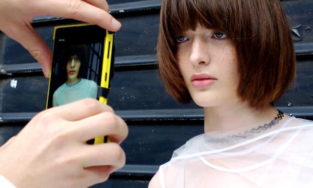 Taring Lumia 1020 Semakin Ganas, Hasil Jepretannya Muncul di Majalah Fhasion Inggris