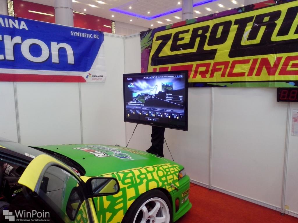 Inilah Controller Simulasi Balap Mobil Paling Nyata di MBCS 2014