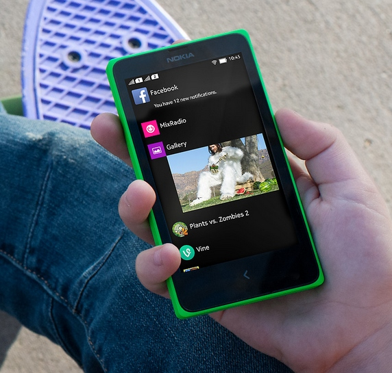 Hands-on Nokia X: Smartphone Nokia Berbasis Android dengan Rasa Windows Phone
