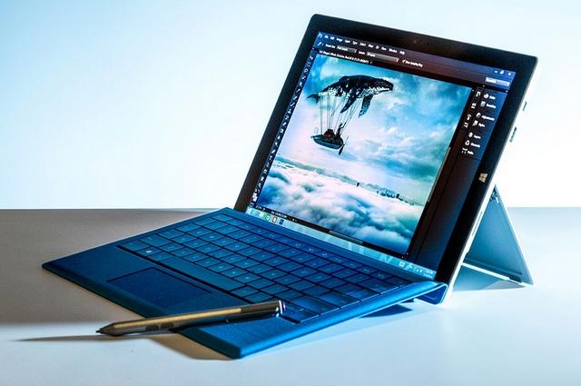 iPad vs Surface Pro 3: Siapa yang Lebih Hebat..?? (Video)