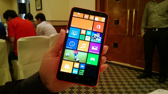 Update Cyan untuk Lumia 1320 Sudah Tersedia, Ayo Update!