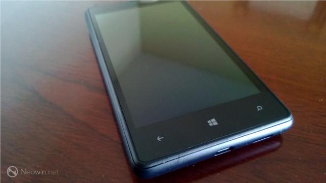 Lumia 830 Mulai Tunjukan Batang Hidungnya!