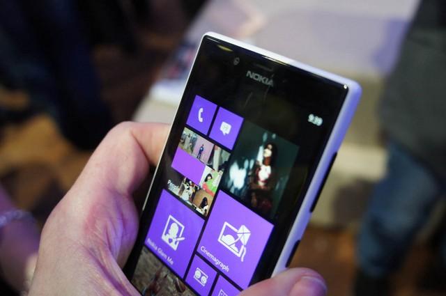 Update Lumia Cyan untuk Lumia 720 Sudah Dirilis di Indonesia via NSU