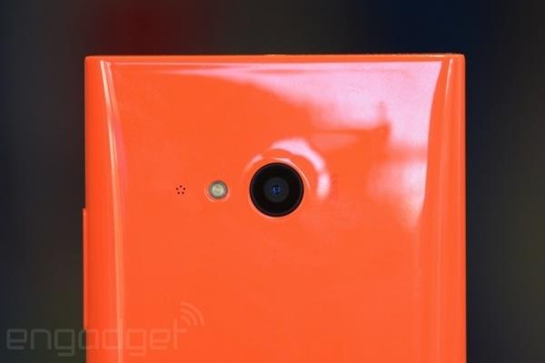"Microsoft Memamerkan ""Selfie Phone"" Lumia 730, Inilah Fitur dan Penampakannya!"