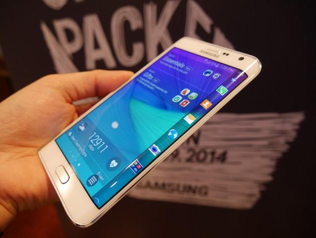 Samsung Galaxy Note Edge Sudah Diterima FCC dan Siap Dijual
