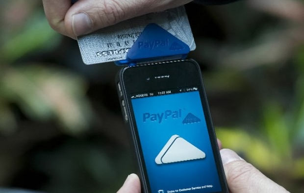 Paypal Credit Card Reader Segera Hadir di Windows dan Windows Phone