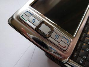 Nokia RM-137 aka Nokia E80