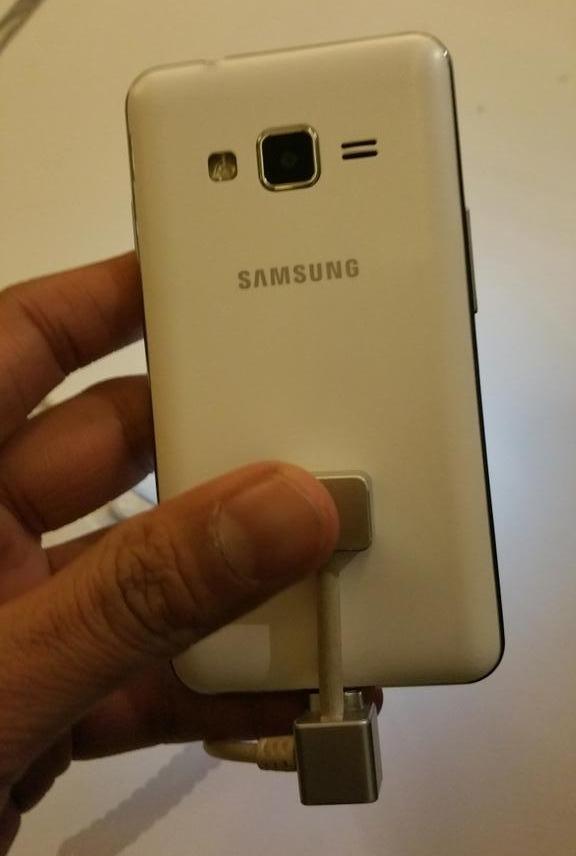 Inilah Samsung Z1 Ber-OS Tizen, Mampukah Mengalahkan Windows Phone?
