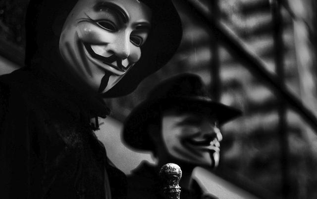 """Anonymous Mematikan Situs-Situs yang Mereka Anggap Berbau """"Ekstrim & Teror"""""""