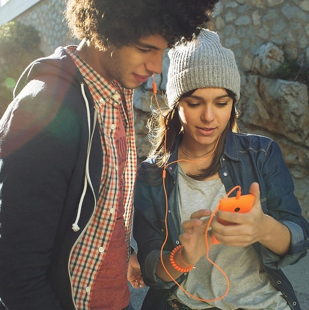 "Microsoft Merilis ""Comfort Headset"" yang Nyaman Digunakan Pengguna Lumia"