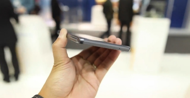 """Inilah """"Coship X1"""" — Windows Phone Tahan Air dan Debu"""