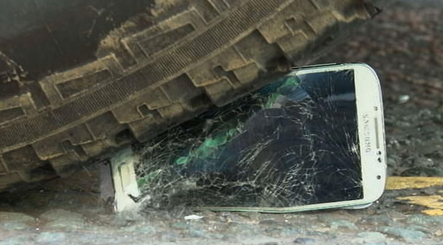 Penjualan dan Keuntungan Samsung Turun Terus — Gara-gara Apple dan Xiaomi