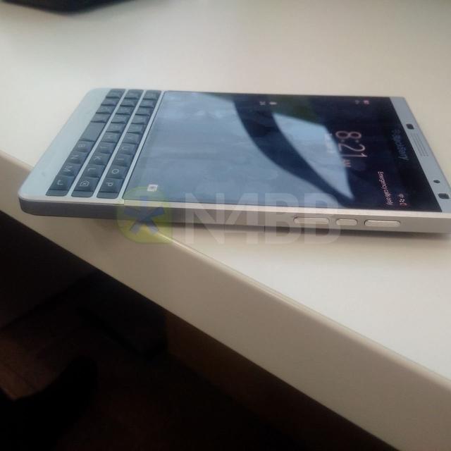 Seperti Inilah Tampilan BlackBerry Oslo Terbaru (Leaked) — Tergoda?