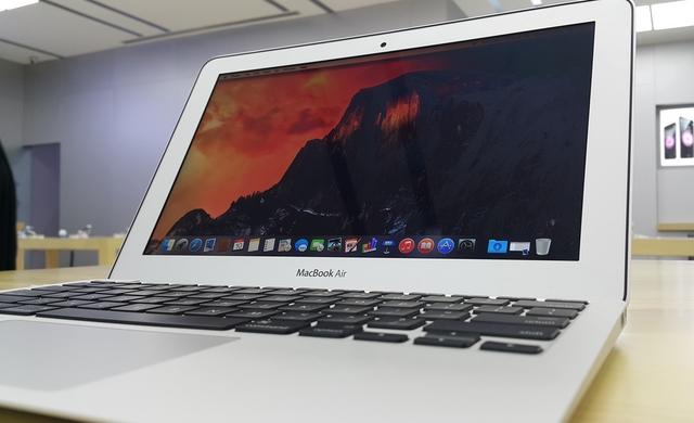 Penjualan PC Berbasis Windows Terus Turun — Tetapi Apple dengan OS X Meroket Naik