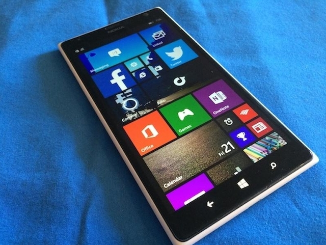 Benarkah Microsoft Menyerah dengan Windows Phone dan Berpaling ke Android?