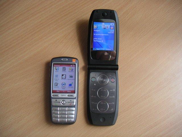Flip Phone Kembali Lagi, Haruskah Microsoft Membuat Windows Phone Model Flip?