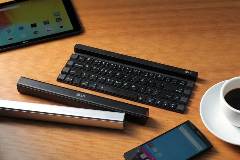 LG Rolly: Ini Baru Keyboard Portable Paling Keren Sejagad! (Video)