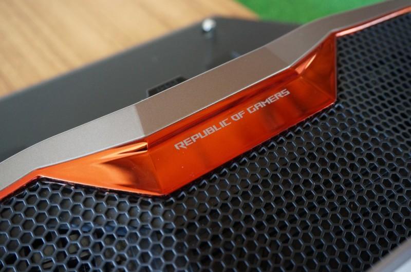 Inilah Asus GX700, Laptop Gaming Pertama dengan Water Cooling (dan Bagaimana Cara Kerjanya)