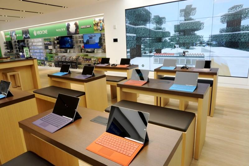 Seperti Inilah Mewahnya Microsoft Flagship Store Pertama di Dunia (Bukan Toko Biasa)