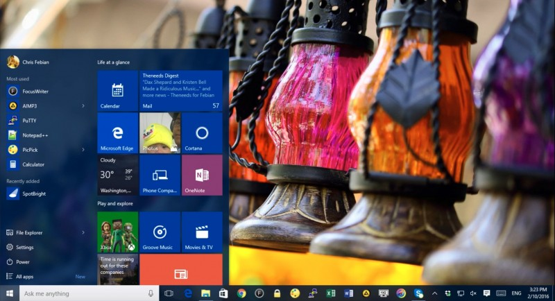 Download Semua Wallpaper Langka dari Spotlight Windows 10 yang Super Keren