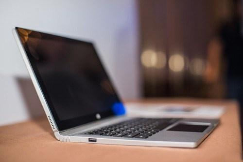 oBook 11 Pro: Laptop dengan Desain Persis Surface Book