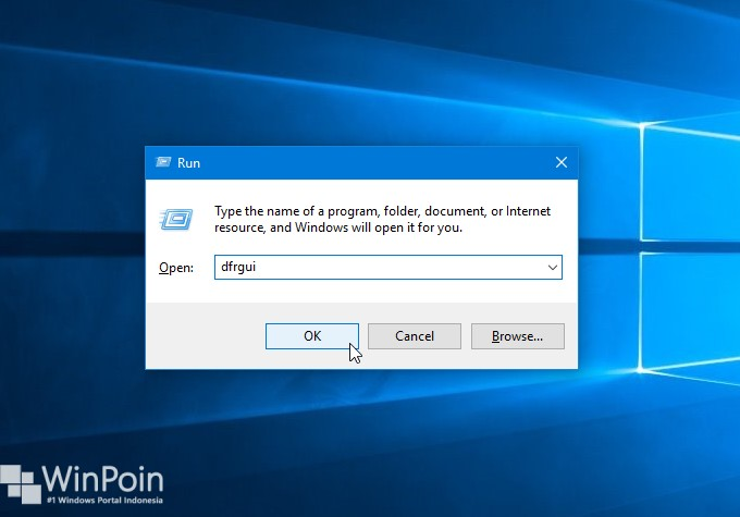 how to run a defrag on windows 10