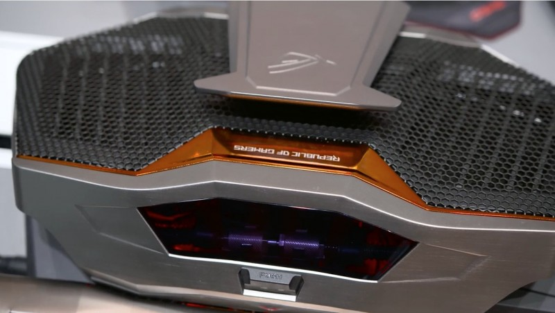 ASUS ROG GX700: Laptop Gaming Super Power dengan Liquid Cooling