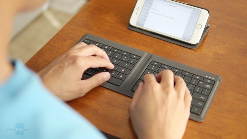 Diskon: Microsoft Foldable Keyboard Dijual Sejutaan Kurang