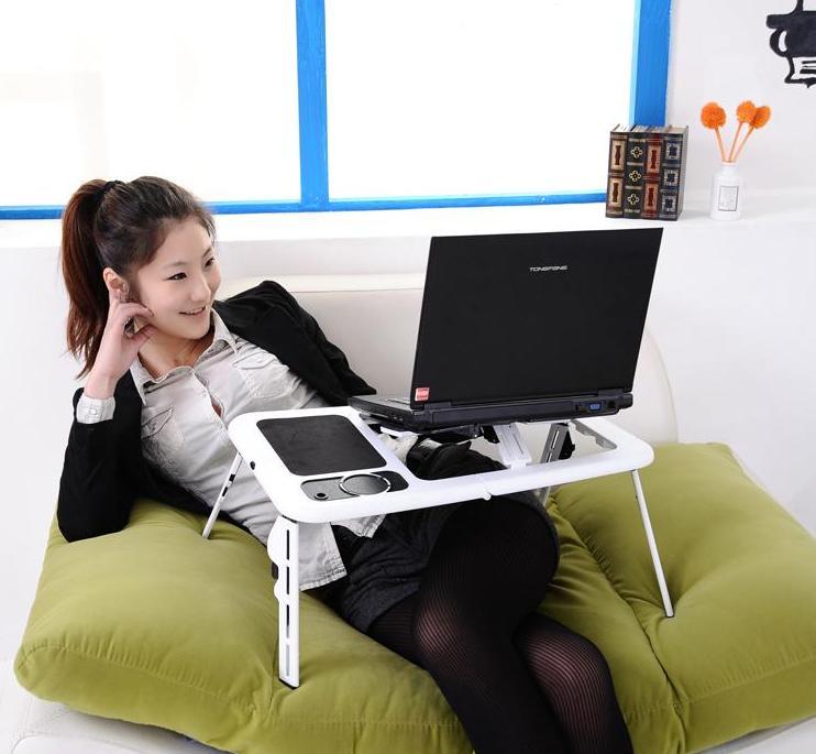 Meja Portable yang Cocok Banget Buat Kamu Pengguna Laptop