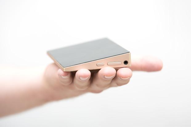 HOT: Berbentuk Smartphone, Berkemampuan Windows PC