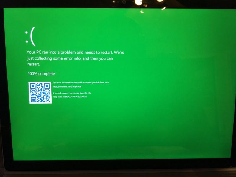 Wow... Blue Screen Diubah Menjadi Green Screen untuk Windows Insiders!