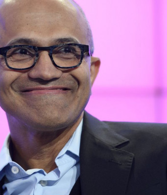 Microsoft: Keuntungan Cloud, Office, dan Windows Naik — Surface dan Phone Anjlok