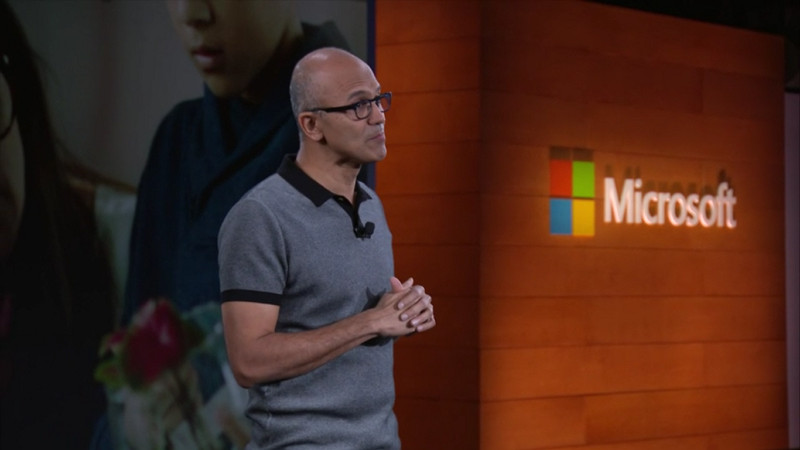 """Satya Nadella: """"Microsoft Masih akan Tetap Membuat Smartphone"""""""
