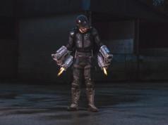 """Orang Ini Terbang dengan Baju """"Iron Man"""" yang Dia Buat Sendiri (Video)"""