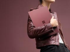 """Inilah Tampilan Microsoft Surface Baru dengan OS """"Windows 10 S"""""""