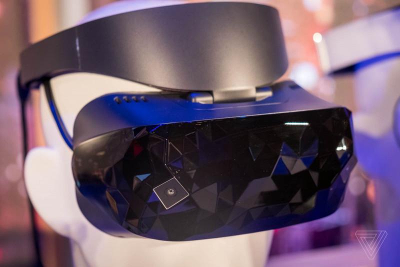 Microsoft Pamer Windows Mixed Reality Headset Besutan Acer, ASUS, hingga Lenovo