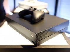 7 Fakta Xbox One X — Konsol Game Paling Powerful Saat Ini (Harga, Spesifikasi, dsb)