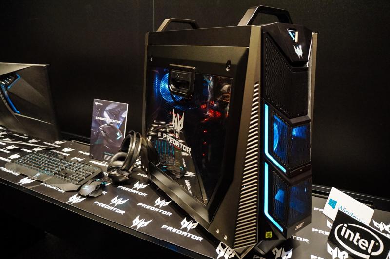PC Gaming Ini Monster: Acer Predator Orion 9000 (4-GPU, 18-core CPU)