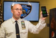 "Windows Phone Dianggap ""Tak Berguna"", NYPD Melirik iPhone"
